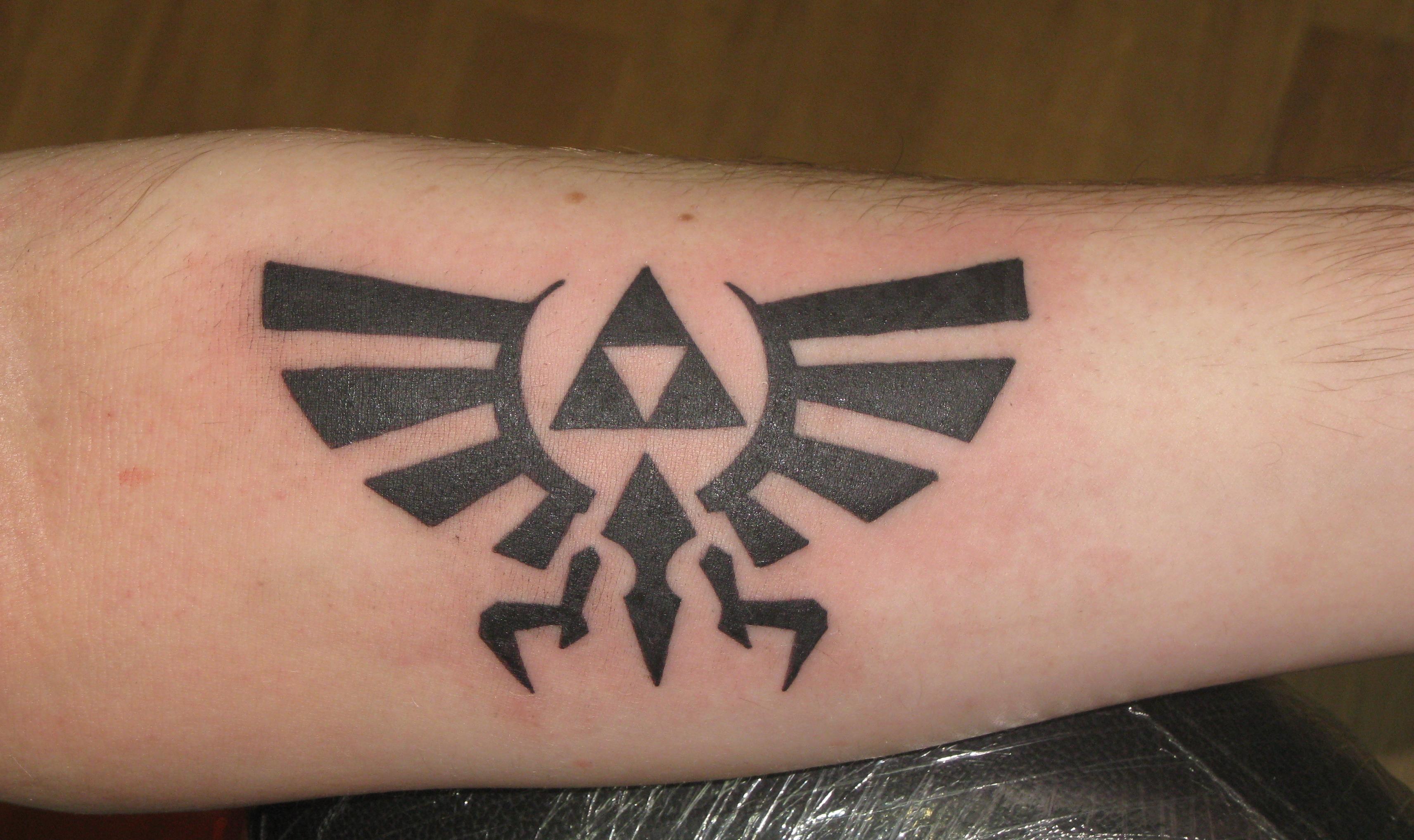 Tattoo Designs: IRISH ST TATTOO